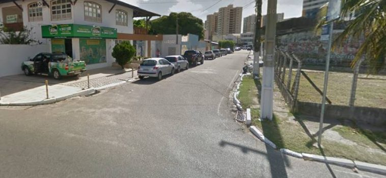 Bandido de bicicleta tenta assaltar mulher, mas acaba fugindo a pé; Moradora levou a bicicleta